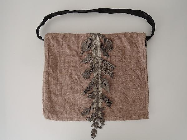 ミナペルホネン mina perhonen forest parade clam bag クラムバッグ【中古】【42K91】【高価買取中】【店頭受取対応商品】