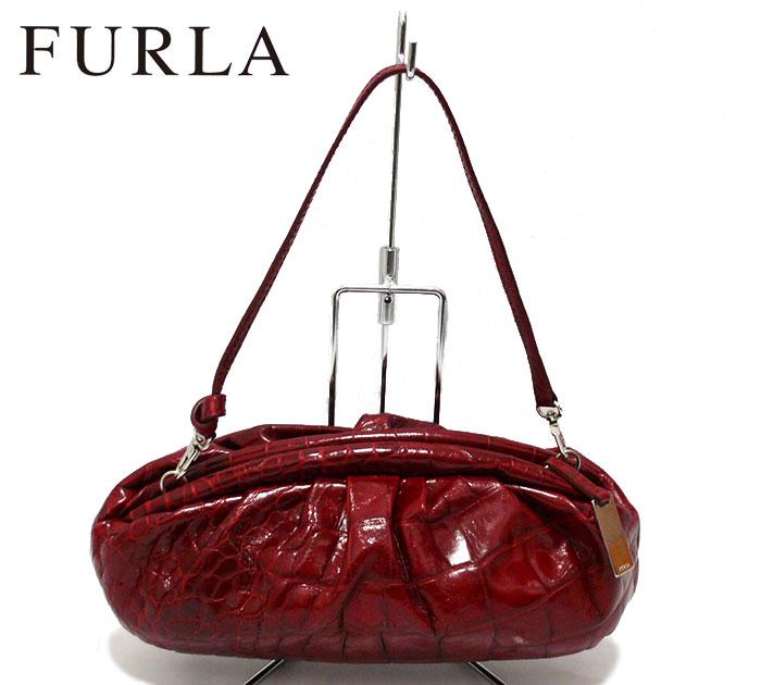 【FURLA】フルラ 型押しハンドポーチ 化粧品ポーチ コスメポーチ 小物入れ アクセサリーポーチ レッド 赤【中古】