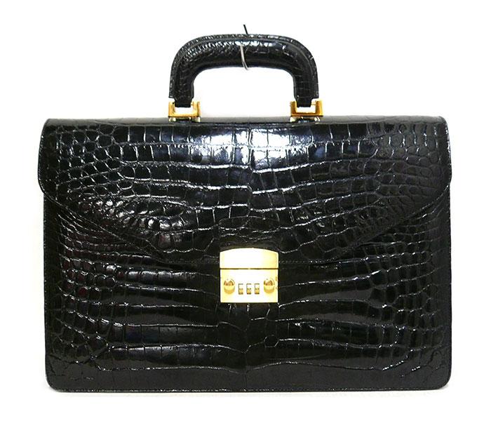 【クロコダイルレザー】ダイヤルロック ブリーフケース ビジネスバッグ 書類鞄 本革 ブラック×ゴールド金具 黒×金 ON2292【中古】