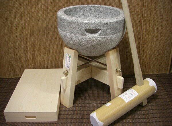 餅つき道具 三升用臼 木台・杵M・餅箱セット