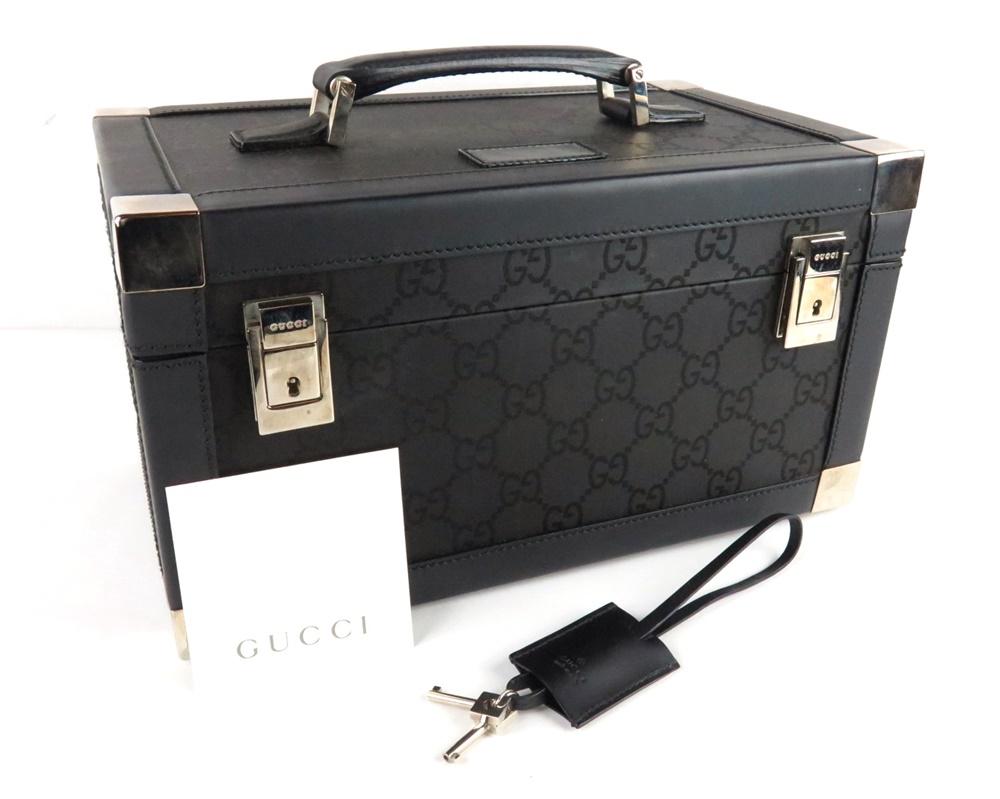 【中古】正規品 GUCCI グッチ コスメティックケース 化粧箱 ブラック レザー GG キャンバス イタリア製【送料無料】