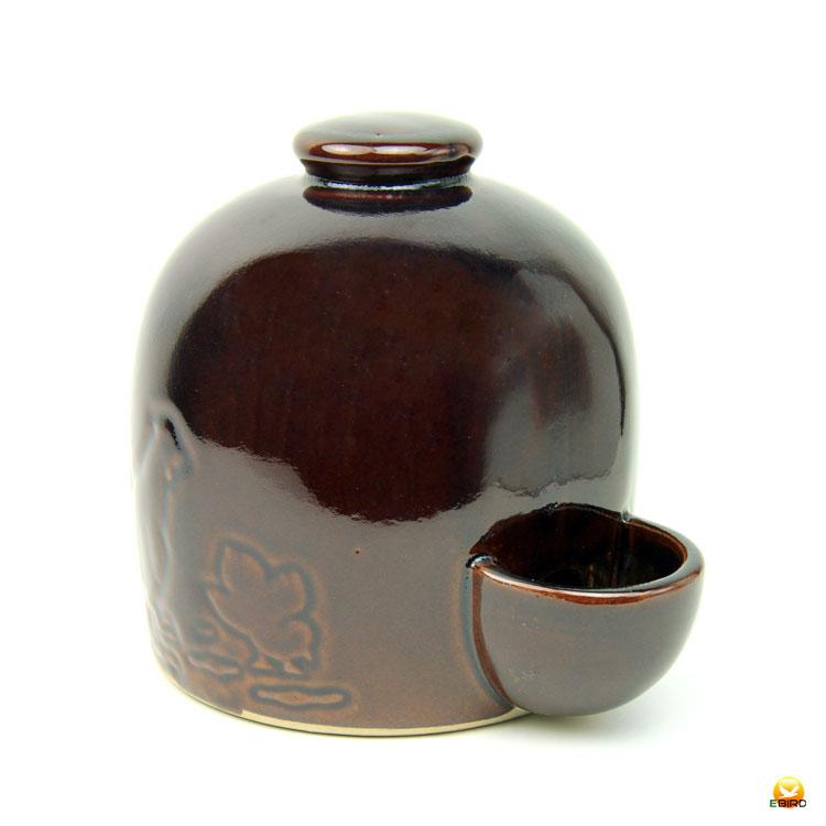 昔から使われている陶磁器製給水器です 定番から日本未入荷 鳥用陶器製給水器 1升タンク 容量1.8L 在庫一掃売り切りセール