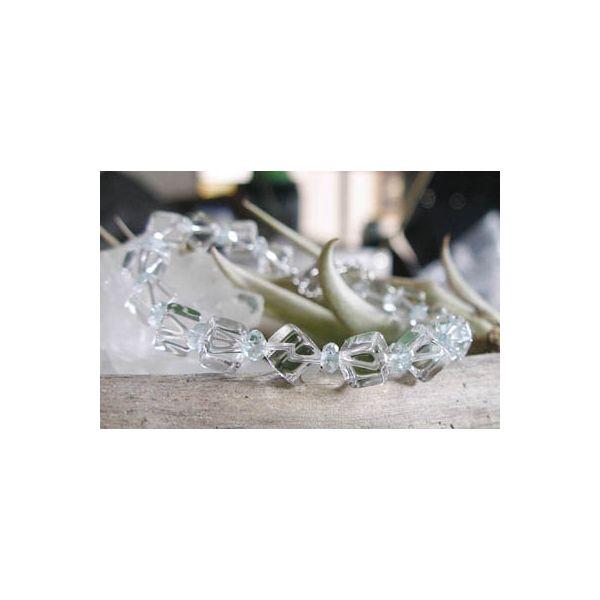 珍しいサイコロ型水晶&爽やかアクアマリンのクールなブレス☆サイコロカットアクアマリンデザインブレスレット