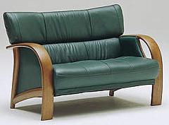 カリモク WT3302 2Pソファ 本革張ソファ 肘掛ソファ ラブチェア 二人掛け椅子ロング コンパクト おすすめ おしゃれ 人気 karimoku 日本製家具 正規取扱店
