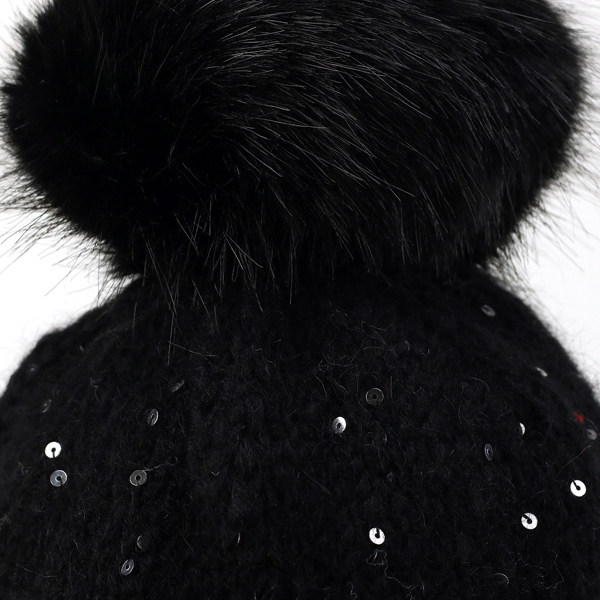 ... Knit hat fur Pom Pom with gravey Hat sequin knit GREVI NET watch with  positive right ... 964ae86ac0f