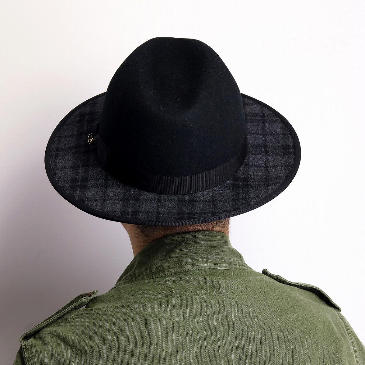 ce799d805ac ... Stylish woolen Hat mens check pattern flat brim brim wide Hat men's  autumn/winter made