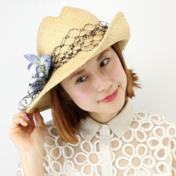 barairo no boushi ストローハット レディース UVカット帽子 日本製 バラ色の帽子 麦わら帽子 春夏 つば広 ハット 花 コサージュ付き 17SS アシンメトリーお花ハット ばら色 帽子 リゾート 女優帽 日よけ ハンドプレス / ナチュラル ブルー [ straw hat ][ wide-brim hat ]