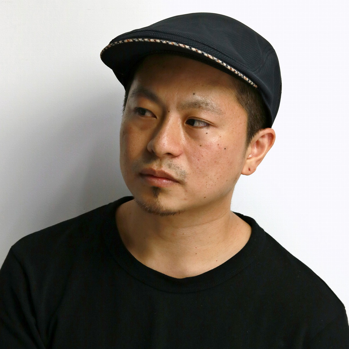 95f28bc47ca It is a gift present hat mail order in brand monotone black black  ivy cap   Father s Day in Daks hunting cap men cool feeling cool max picket DAKS  hunting ...