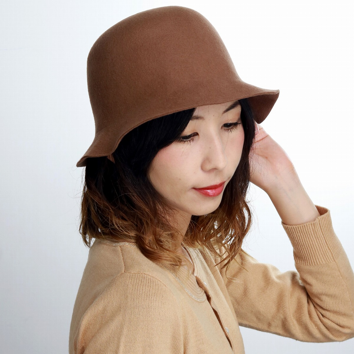 shin pull woman hat rumi woo seth hat refined felt hat tulip 57cm mrs coordinates camel hat woman christmas present gift made in mazurka hat