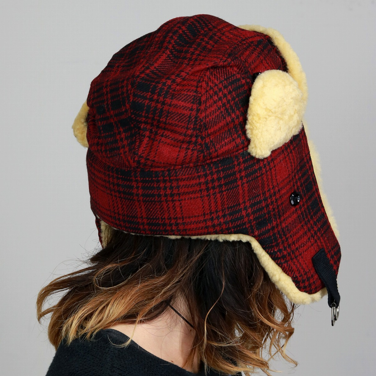 7f814c88165 Flight cap Lady s flight hat men checked pattern Woolrich sheep fur fur hat  Ulrich hat trapper cold protection unisex   check red red  flying cap  that  fur ...