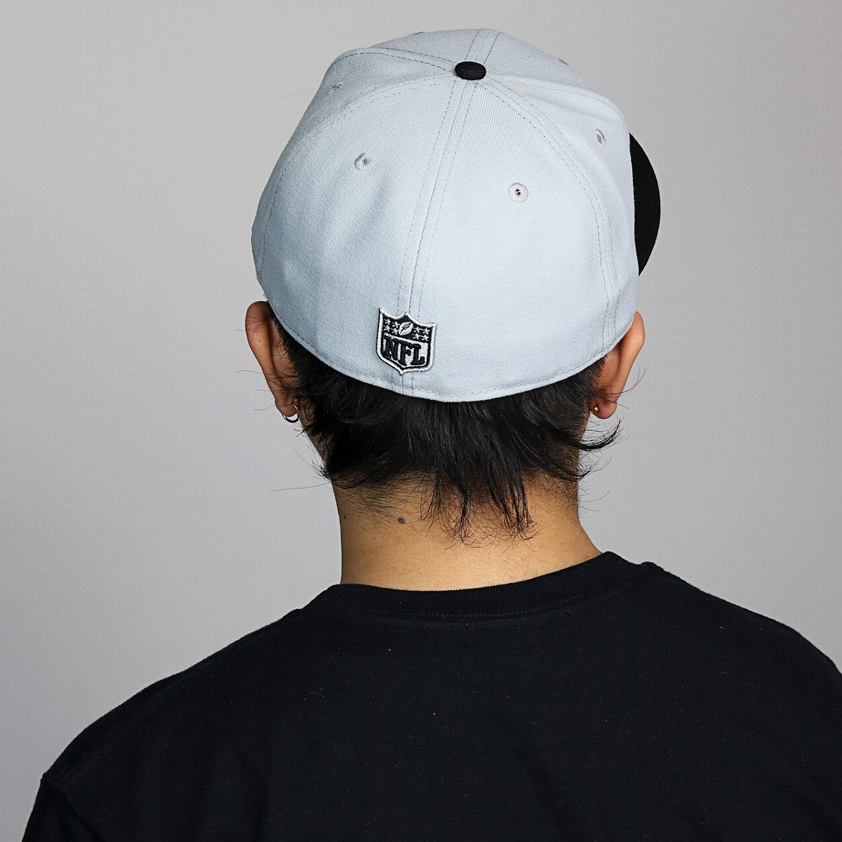 ece0119b935 Gray. A brand NewEra. NEWERA new gills new era 59FIFTY Oakland Raiders gray  black X team color