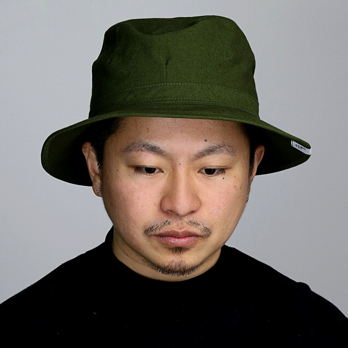 7d382c83150 Tender cotton and the textures that dried lightly of the hemp are put  together and are the hat which it is casual and is easy to use while giving  an ...