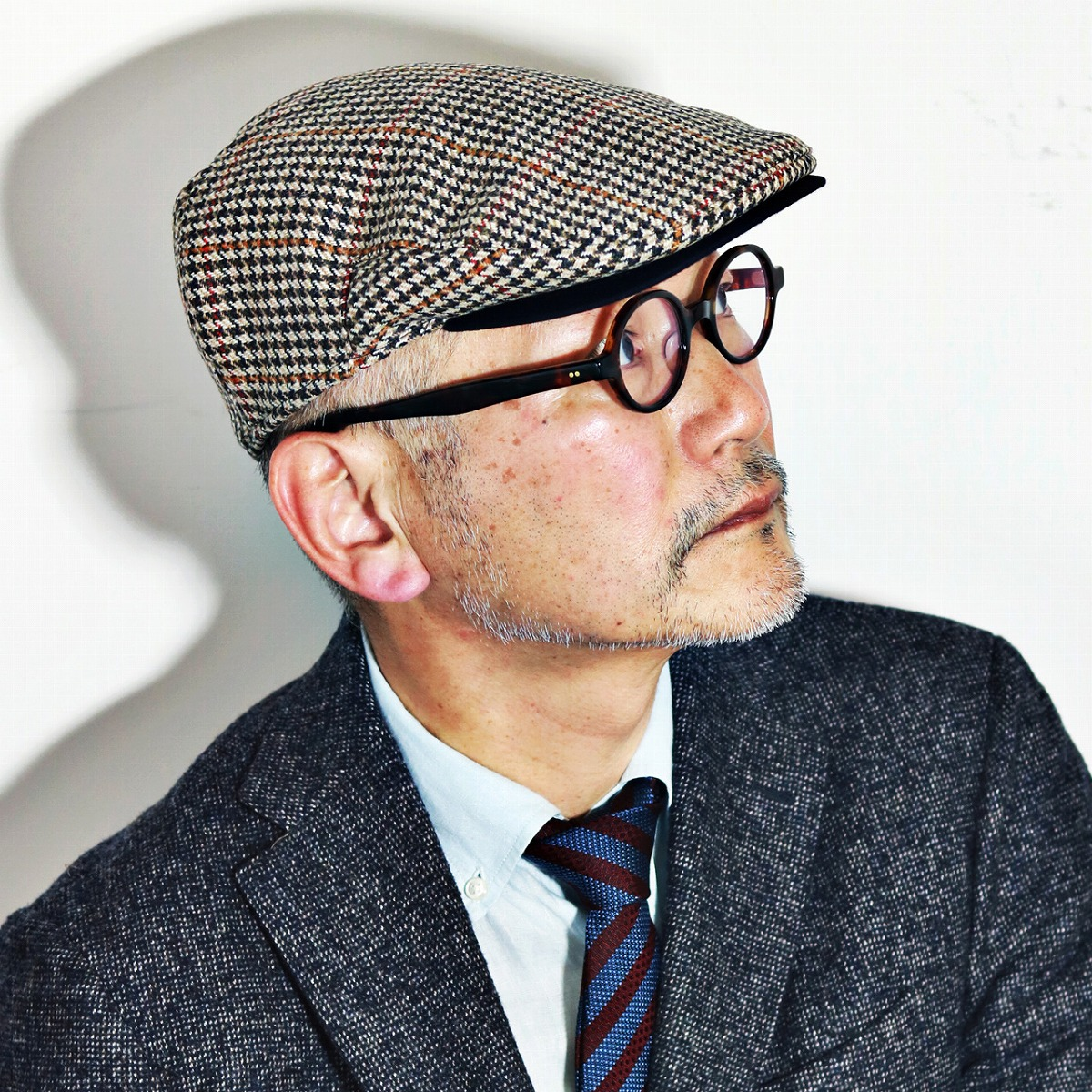 2e873f032a695 Christie s London Hat CHRISTS   LONDON United Kingdom brand hunting classic  Tweed wool  Brighton Driver   staggered houndstooth beige
