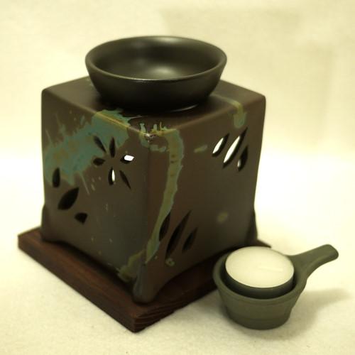 ほんのり茶の香りでリラクゼーション カテキン消臭 常滑焼 茶香炉 山房窯 人気ブランド多数対象 角型 離島は除く 日本製 メーカー公式 北海道 沖縄 送料無料