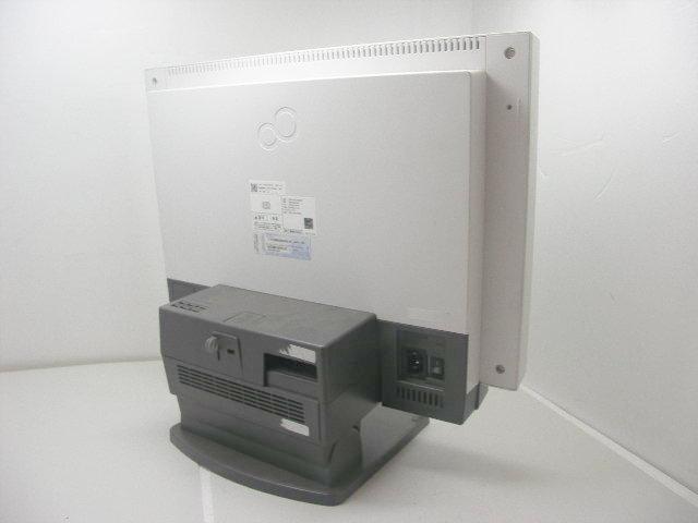 Fujitsu /ESPRIMO/K552/C/i5 2.5 GHz / 2 GB / 160 GB / multi / Windows 7 / 19 inches wide!