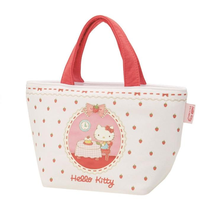 It Is A Sweat Shirt Place Lunch Bag Of O Kitty As The Support Slight Outing Usable Usefully