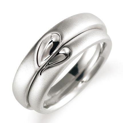 ペアリング(2本セット) 結婚指輪 マリッジリング 結婚記念 K18ホワイトゴールド 二人のリングが合わせるとハート模様 《Lelier M0100》 【刻印無料 ケース付き 送料無料】 【514】