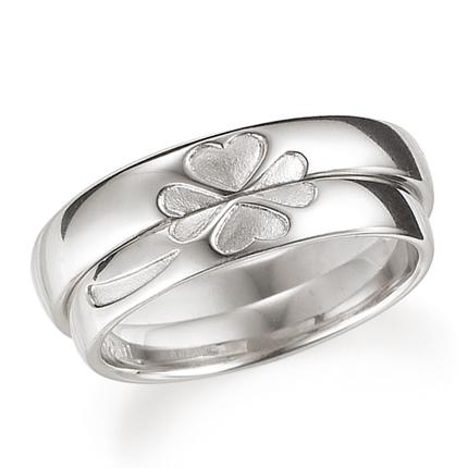 【再入荷!】 ペアリング(2本セット) 結婚指輪 マリッジリング 結婚記念 K18ホワイトゴールド 合わせると四葉のクローバー 《Lelier M0509》 【刻印無料 ケース付き 送料無料】 【RCP】【514】, 樺戸郡 028c84b2