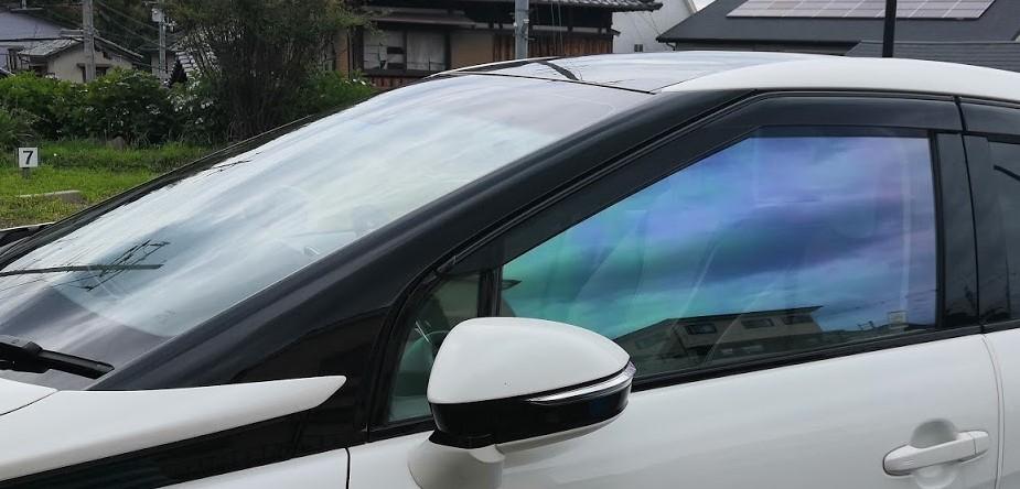 送料込 カスタマイズ可能 車種 型式別カット済みカーフィルム フロント両サイド 運転席 在庫一掃 オーロラ 助手席 車検対応 ゴースト リア面セット追加用