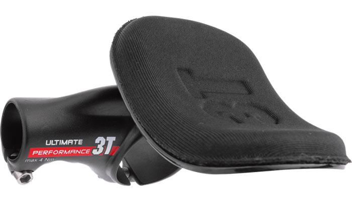 3Tクリップオン TEAM カーボンバージョン トライアスロン に最適 肘パッド可動式で登りでハンドルセンターをグリップできる プロ選手も多く使用する 在庫限り!