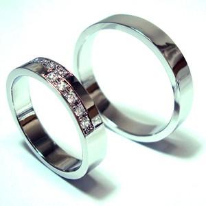 【お得な2本セット価格/送料無料】ホワイトゴールドダイヤペアリング【刻印・文字彫り無料】結婚指輪・マリッジリング・記念日・ギフト 05P13Jul11
