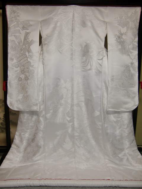YA07?豪華絢爛 織物 白無垢 打掛 京都老舗機屋謹製 【販売品・受注生産・納期約3ヶ月・ご注文はお早めに!】【お仕立付き・代引き不可】【裏地・白、赤、などお好きな色でお仕立します】