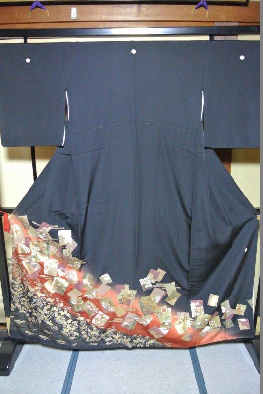 No.085 正絹 留袖 良好 【中古】 (裄65、袖丈47、身丈(肩から)160、前24、後30センチ、五三の桐)