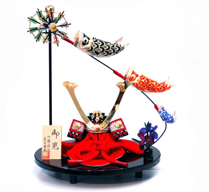 おすすめ 五月人形 端午の節句 兜飾り 57801 赤糸長鍬(東玉)お買上げ陣羽織プレゼント おすすめ