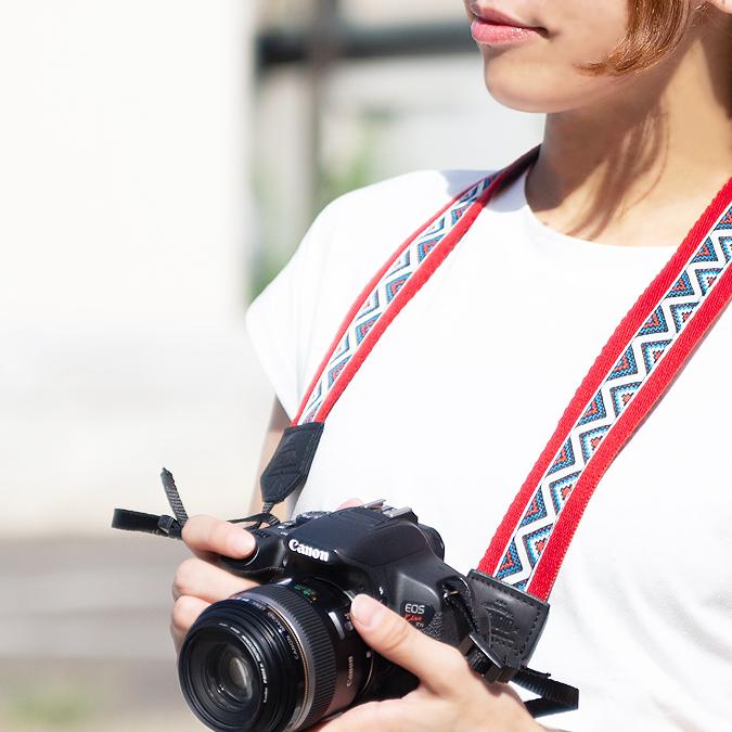沢山撮りたくなる おしゃれなエスニックカメラストラップ カメラストラップ おしゃれ かわいい 一眼レフ エスニック ミラーレス ネイティブ 斜めがけ インスタ オンラインショッピング お買い得品 カメラ女子 アジアン
