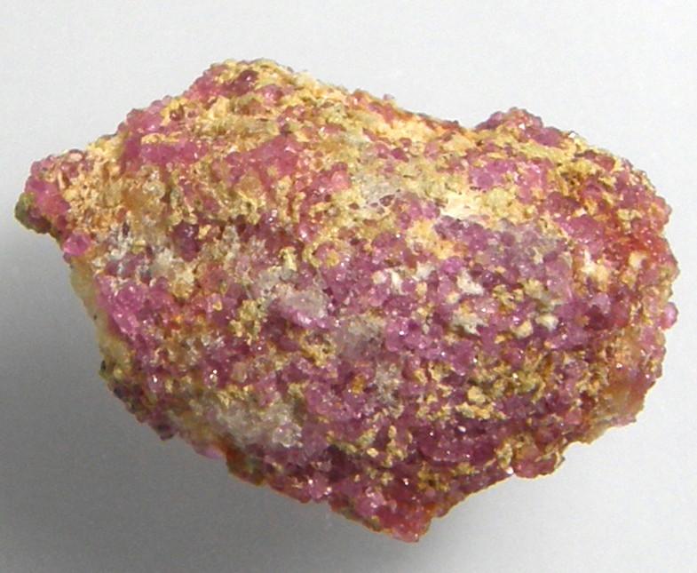 新生活 天然石 誕生日プレゼント レッドスピネル19.41ct原石