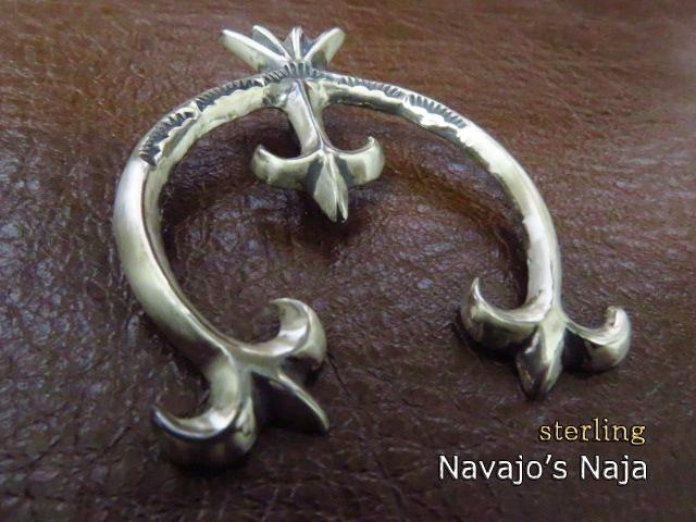 ナバホ族 ナジャ 王冠 シルバー925 ナバホ ネックレス インディアンジュエリー