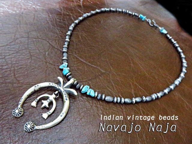 ナバホ族 ナバホ ネックレス シルバー925 インディアンジュエリー ターコイズ ハンドメイド ナジャ