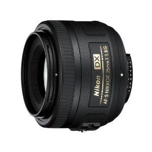 ニコン DXフォーマット用標準単焦点レンズ AF-S DX NIKKOR 35mm f/1.8G 焦点距離:35mm 対応マウント:ニコンFマウント系【KK9N0D18P】