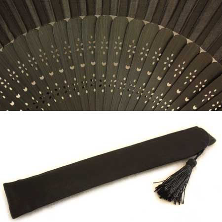 ◆Correspondence ◆ elegance black ☆ is transparent; as for the black folding fan ☆ intense heat to a repulse handle in heart ☆ four circle♪
