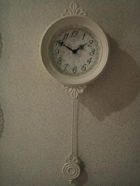 振り子時計 壁掛け 振子 壁掛け時計 フラワークロック アンティーク ホワイト 白 ロマンチック 姫系 ハート 小花柄ホワイトハート振り子時計wa08