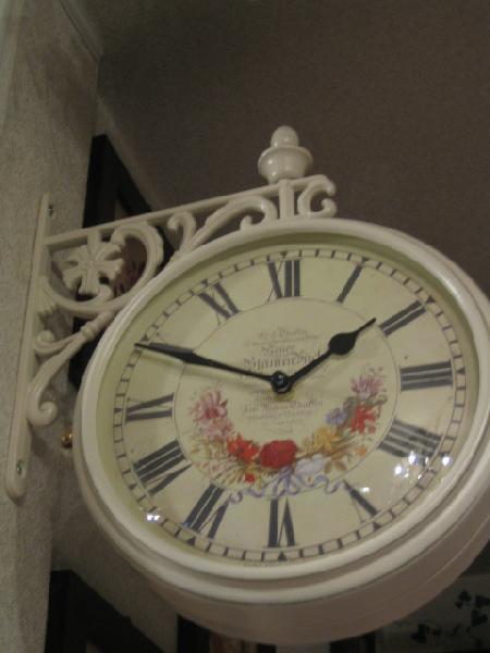 両面時計 アンティーク 回転 アイアン 壁掛け時計 フラワークロック ブラケット時計 ウォールクロック ホワイト 白 薔薇雑貨 ローズ 回転時計wa28【大人カワイイ】【新生活】【送料無料】