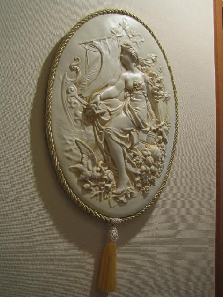 ロマンチック 姫系 永遠の定番 シャビーシック 壁掛け クラシック アンティーク 壁飾り 店舗用品 ディスプレイ アンティーク風 白 プチプラ et44 気質アップ 格安 ウォールデコ ホワイト カメオ壁飾り 激安