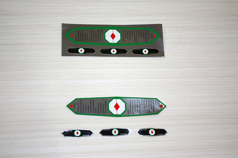 車の吹き出し口のフィンやPC画面 スマホにも使用可能ステッカータイプ GTKで初めて指向性を授けた商品 送料無料 高級な Symmetric GTKオベリスク GTK obeliskos