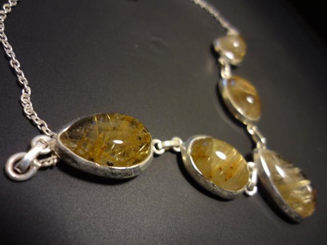 金糸がきらめくような・・・ルチルクォーツのデザインシルバー925ネックレス 天然石ジュエリーのお店 ネックレス ペンダント おしゃれ シルバー925 プレゼントにもおすすめ♪ ハッピーエイト