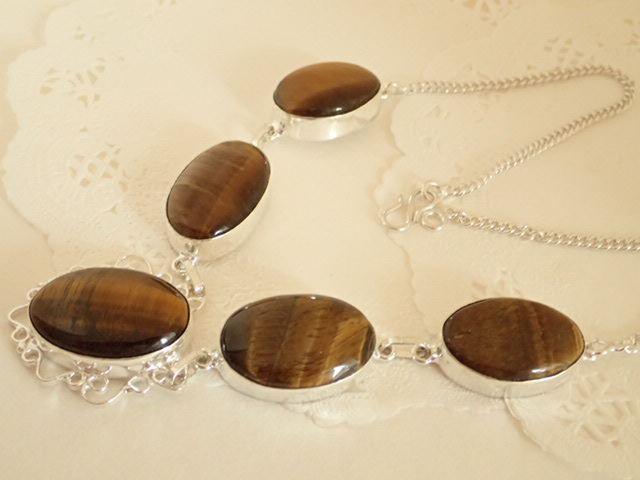 5石のタイガーアイ 上品デザイン合金ネックレス 天然石ジュエリーのお店 おしゃれ ネックレス ペンダント プレゼントにもおすすめ♪ ハッピーエイト