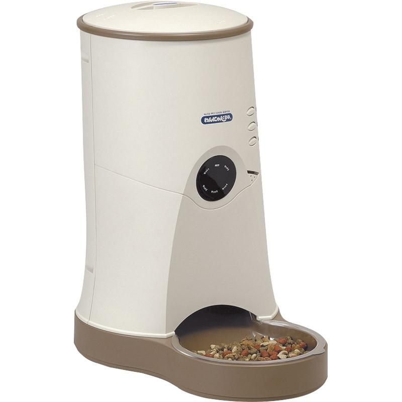 【送料無料】 ヤマサ ペット自動給餌器 わんにゃんぐるめ CD-600(BE) 【えさ 自動 小型犬 猫 ドライタイプ 留守 据え置き型 大容量】