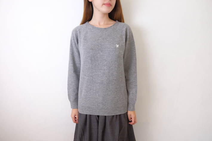 【SALE セール】YUKI | ワンポイントニット (グレー) | セーター
