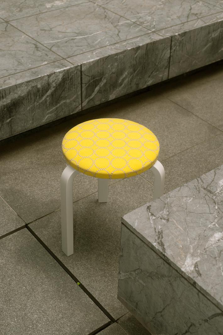 artek x mina perphonen | STOOL 60 series 2 dop tambourine (seat: yellow / leg: stone white)