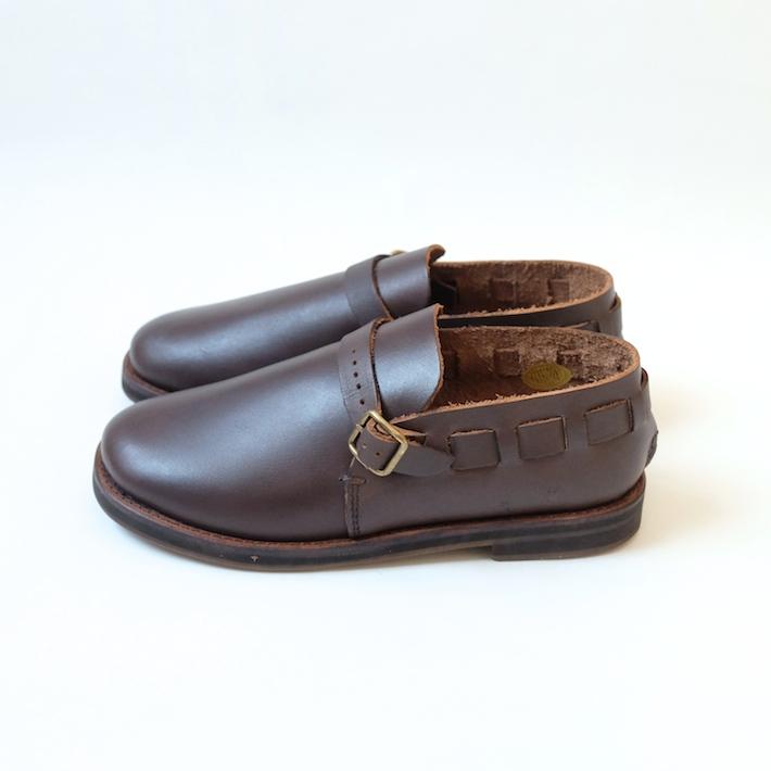 minan polku | belt slip-on (dark brown) | シューズ