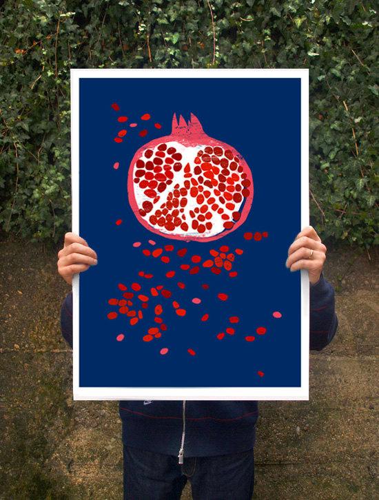 ANEK | INDIGO POMEGRANATE - FRUIT ART | アートプリント/ポスター (50x70cm)【北欧 カフェ レストラン インテリア おしゃれ】