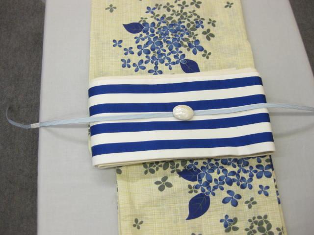 レディース浴衣・紫陽花(ブルー)柄ゆかた 縞細帯 帯留4点セット
