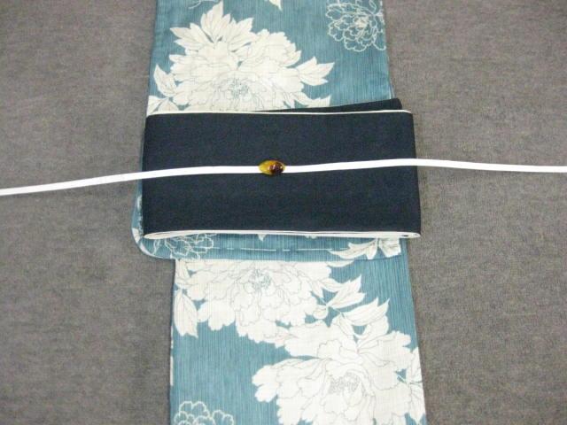 女性用・レディース浴衣 ブルー地牡丹柄浴衣・紺色麻細帯・帯留 帯締め4点セット
