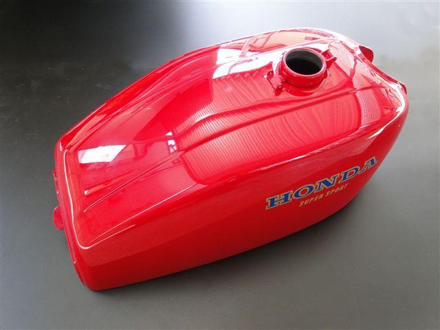 【PMC.Inc】 フューエルタンク CB400Four 【適応型式 CB400E (398cc) CB400FE (408cc)】 ※NC36車輌には適合しません。  398、408共用 レッド