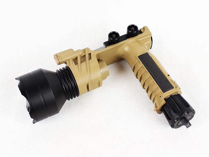 【大感謝セール】SF M910Bタイプ LEDタクティカルフラッシュライト TAN