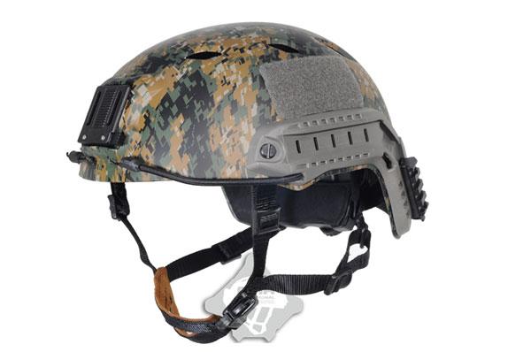 【ポイント10倍!12月24日8時59分まで】FMA FASTタイプ Base Jump ヘルメット L/XL PG ピクセルグリーン